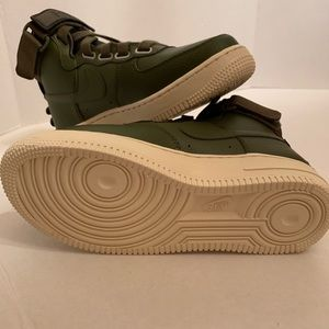 Nike Air Force 1 Hi Utility Olive Canvas Women Sz6 NWT